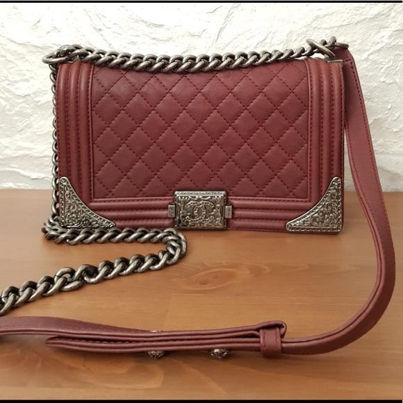 CHANEL Handbags - Chanel Medium Boy Bag